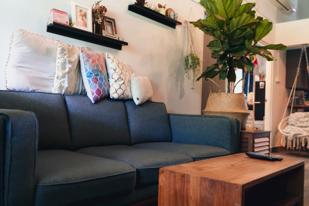 How to Choose the Right Upholstery to Make Your Home Look Beautiful